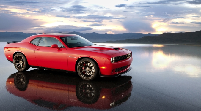 2015_Dodge_Challenger_SRT_Supercharged_with_HEMI_Hellcat_engine_006_9891