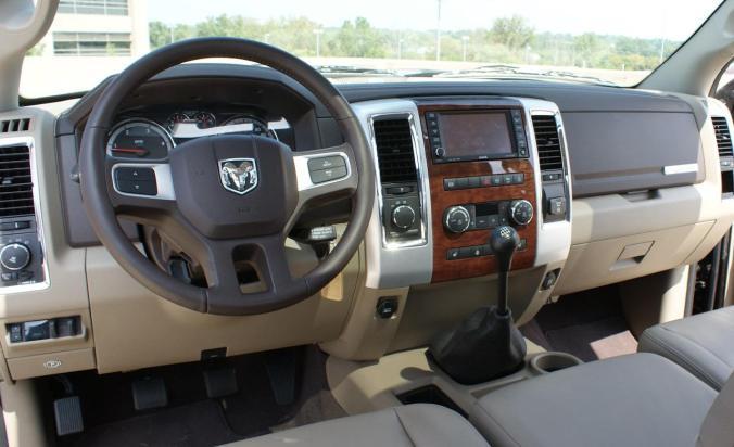 2010-dodge-ram-2500-hd-laramie-mega-cab-4x4-diesel-manual-interior-photo-366652-s-1280x782